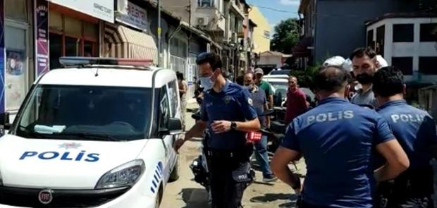 HAREKETLİ DAKİKALAR: POLİS HAVAYA ATEŞ AÇTI
